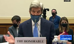 Shocker!  John Kerry Flies With the Commoners